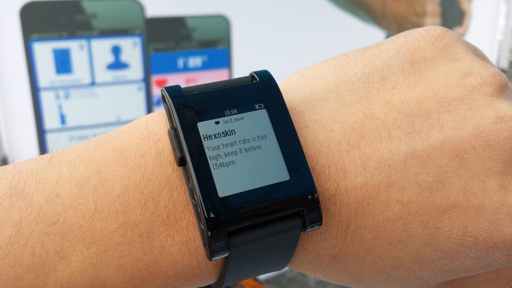 Hexoskin With Pebble Smartwatch