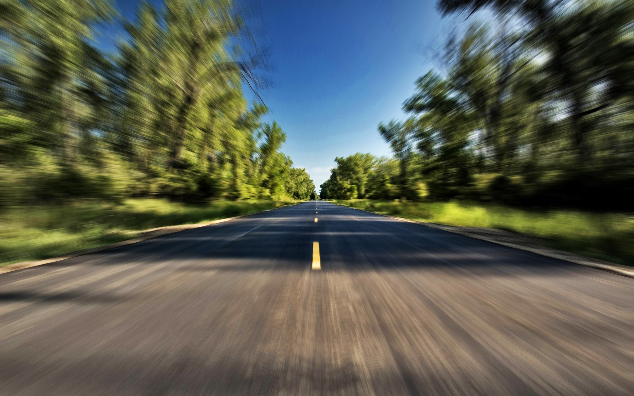 trees_blur_velocity_speed_motion_fast_highway_tree_desktop_2560x1600_wallpaper-334569