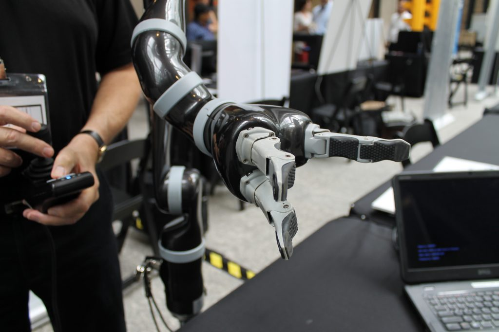 Kinova Robotics has developed a robotic arm to assist people with reduced upper body mobility, helping them to perform complex actions.