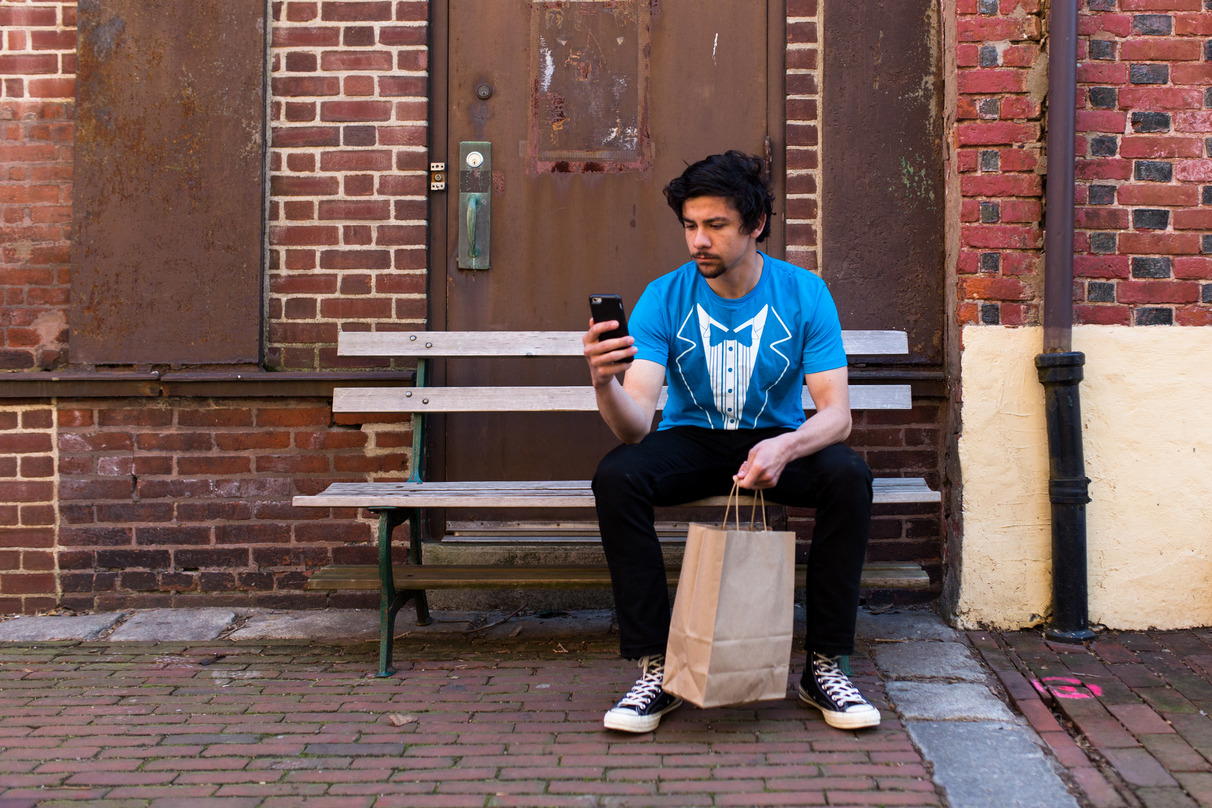 US-based food delivery startup Favour abruptly shuts down Toronto operations