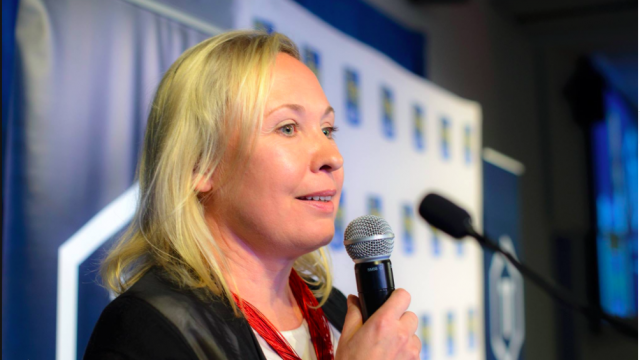 Lana Novikova founder of Heartbeat Au speaks at TECHTO