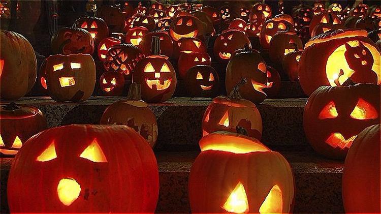 oneeleven halloween